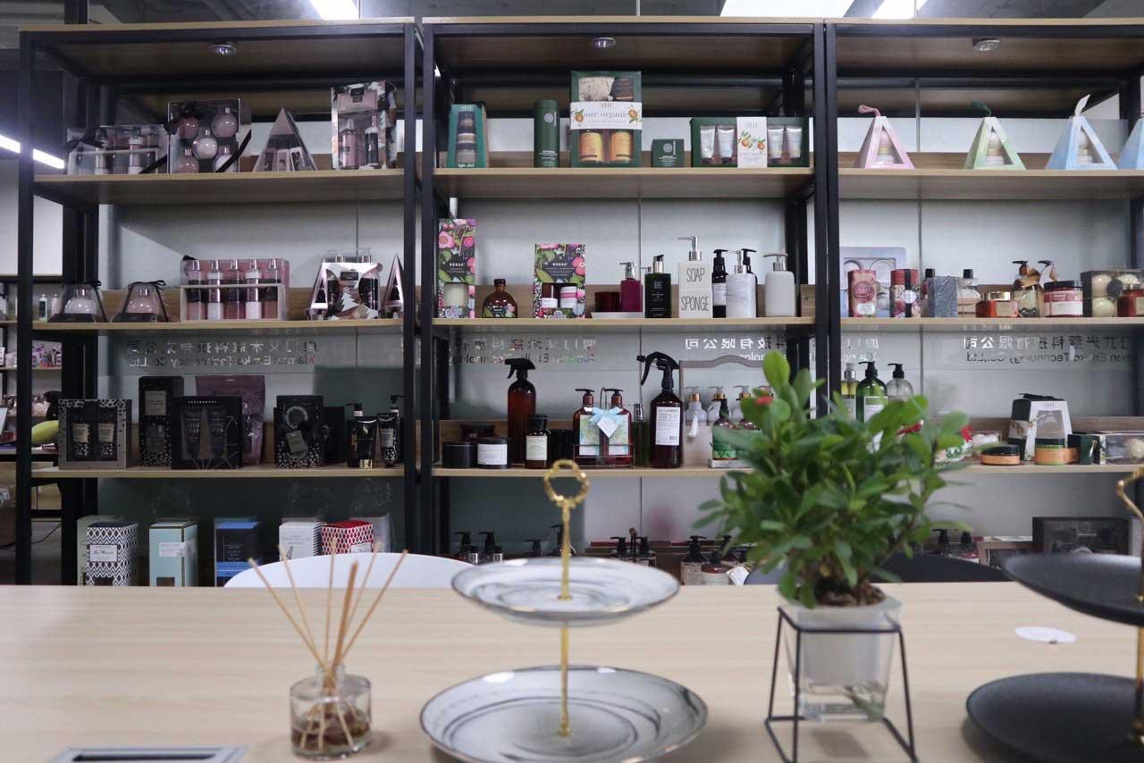 sample room (2)